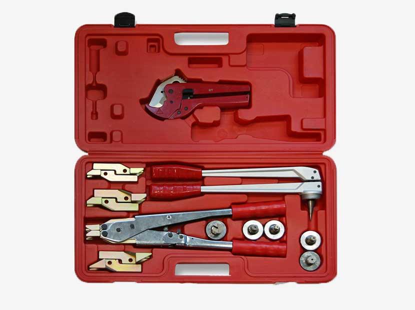 Комплект ручного инструмента для монтажа трубопроводов