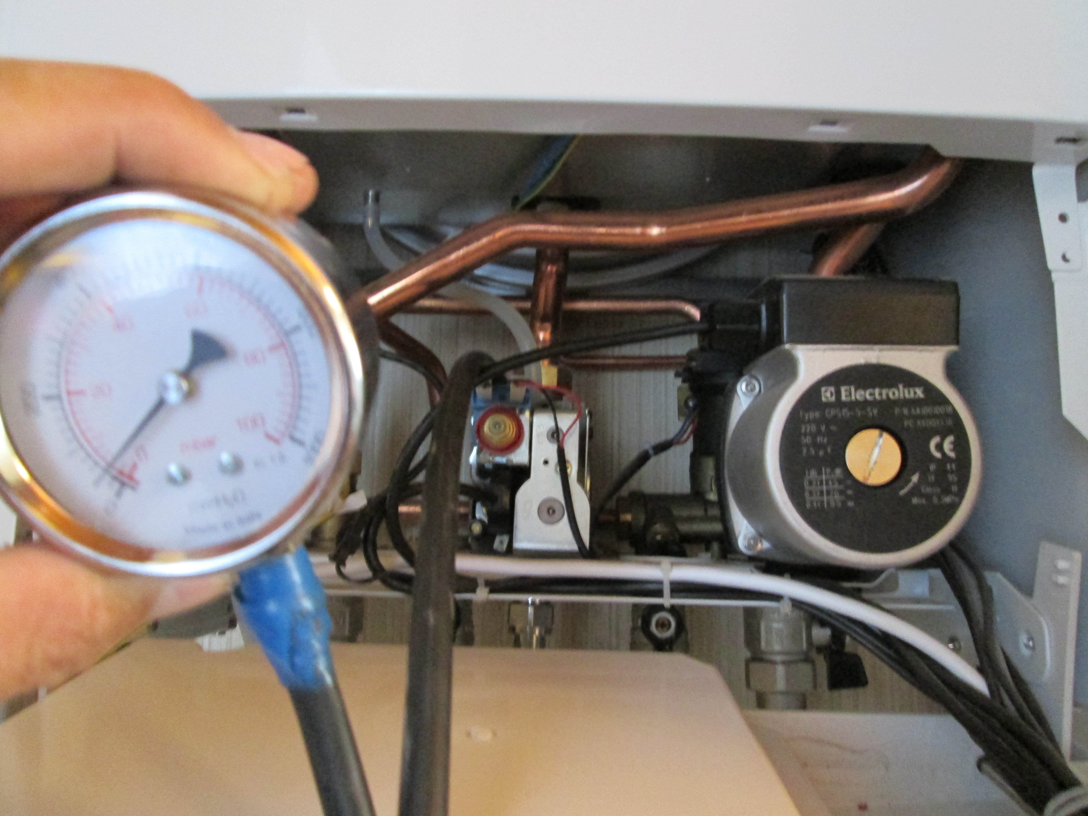 проверка давления газа