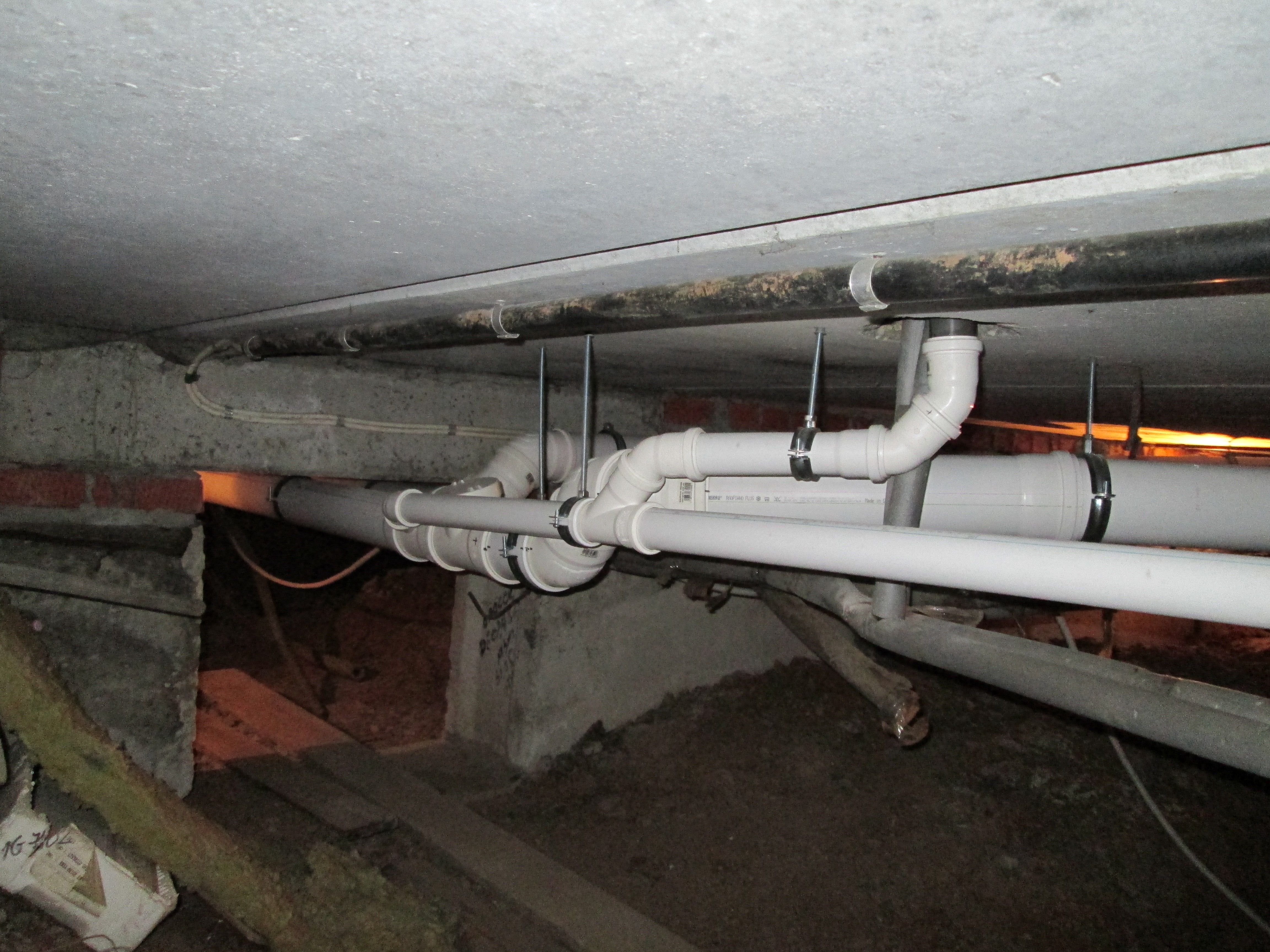 Технология монтажа канализации своими руками