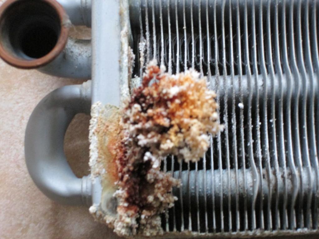 Почему падает давление в системе отопления и как с этим бороться?