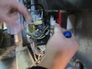 перемычку вместо датчика устройства контроля отходящего газа